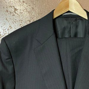 CANALI 1934 Black Pinstriped Suit US 48 R